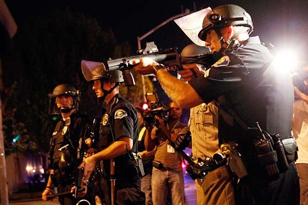 anaheim-protests-against-police-shootings