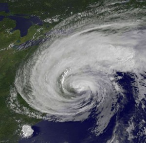 http://www.thedailysheeple.com/wp-content/uploads/2012/10/Prepare-For-A-Hurricane-300x292.jpg