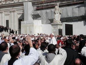Is-Pope-Francis-Laying-The-Groundwork-For-A-One-World-Religion-Photo-by-Fczarnowski-300x225