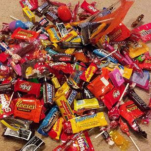 candy-halloween-loot.jpg