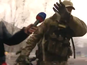 Did This News Crew Capture Footage of a US Soldier in Ukraine?
