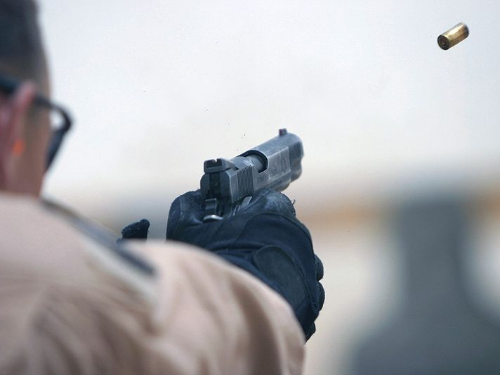 pistol shooting wikimedia