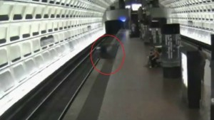 Daring Subway Rescue of DC Man After Wheelchair Rolls off Platform on to Tracks (VIDEO)