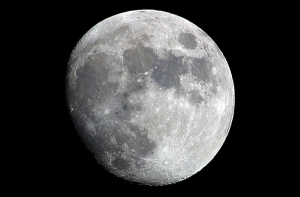 Fly Me to the Moon… in 4 Hours? New Electromagnetic Drive Could 'Revolutionize Space Travel'