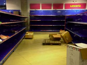 Venezuela: Dozens Injured During Supermarket Stampede