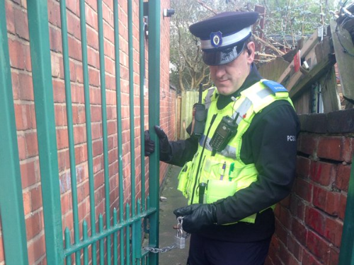 british police twitter